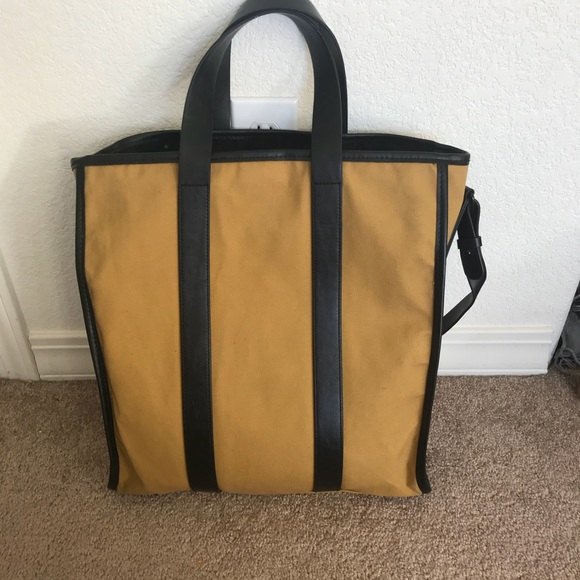 403ae6338f80 GAP Handbags - GAP Yellow and Black Tote Bag
